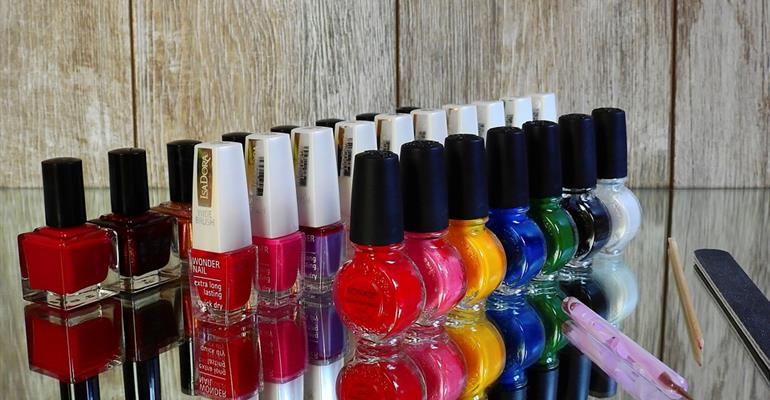 gel, infill, extensions, overlays and polish.  Colours painted paint nails